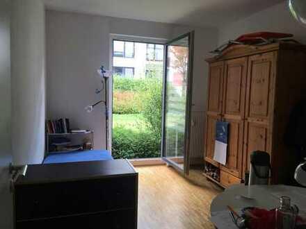 Schönes Zimmer in K-Marienburg an Studenten oder junge/n Mitbewohner/in in netter 3-er WG | 14,6qm