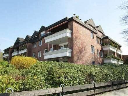 Zentrumsnahe 3 ZKB Obergeschosswohnung mit Balkon und PKW-Stellplatz!