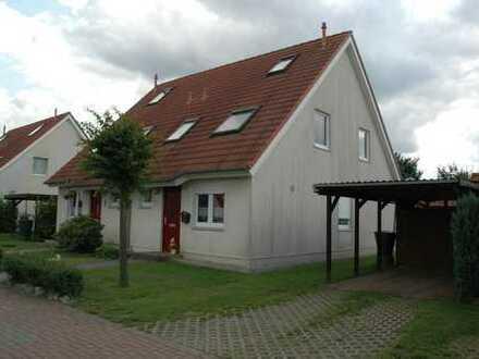 Doppelhaushälfte mit kleinem Garten in Müncheberg - provisionsfrei zu vermieten! (Wohnung zur Miete)