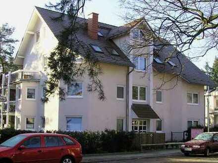 Bild_Sehr schöne 3-Zimmer-Wohnung (85 m2) im Erdgeschoss in Stadtvilla in Berlin Hermsdorf