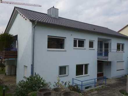 Großzügiges Einfamilienhaus mit Einliegerwohnung in Neuffen