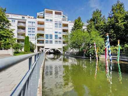 Zentral gelegene, schöne 2-Zimmer-Wohnung mit Loggia in Augsburg/Klein Venedig