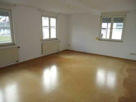 1334- Gemütliche 3 Zimmer Wohnung in zentraler Lage in Altensteig!