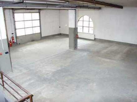 Rolltor Halle mit großem Keller in Auggen zu vermieten!