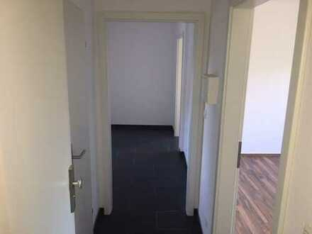 2-Zimmer-Wohnung in Krefeld Erstbezug nach Sanierung