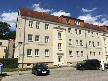 Schöne drei Zimmer Wohnung in Neubrandenburg, Innenstadt