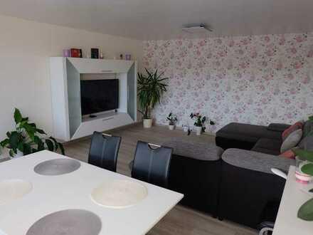 Liebevoll renovierte 4-Zimmer-Wohnung mit schönem Südbalkon