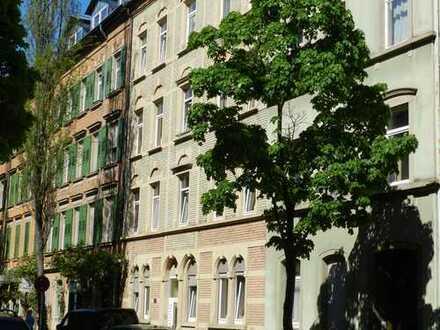 Gepflegte 3-Zimmer-Wohnung mit Einbauküche in Karlsruhe-Weststadt