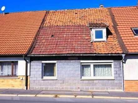 Älteres Einfamilienhaus mit kleiner Terrassenfläche