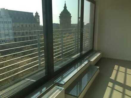 Exklusive, geräumige 3,5-Zimmer- Loft - Wohnung am Wasserturm