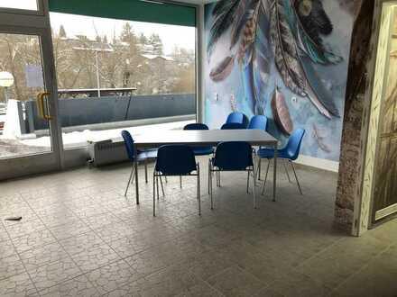 """""""Klein, aber fein"""" - renoviertes Ladenlokal in kundenfreundlicher Lage"""
