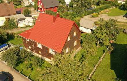 Keine Käuferprovision! Traumhaftes Eckgrundstück mit viel Grün – charmantes Einfamilienhaus –