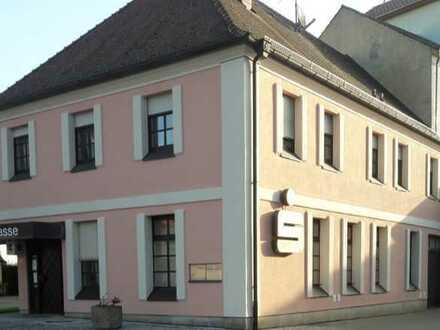 **Top Entscheidung, 1-A-Lage, Gewerbeobjekt-Laden, ca. 122 m²; ehem. Bankfiliale