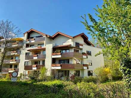 geräumige, vollständig renovierte 4,5-Zimmer-Wohnung mit Balkon in bester Lage FN/Manzell