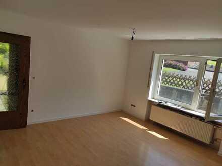Helle 2-Zimmer-Erdgeschosswohnung mit Einbauküche in Ohlweiler