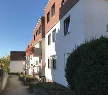 Schöne 3,5 Zi-Wohnung mit 2 Balkonen in Waldenbuch grüne und zentrale Lage - von Privat