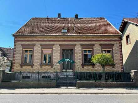 Ansprechendes 8-Zimmer-Einfamilienhaus in Merchweiler, Merchweiler-Wemmetsweiler