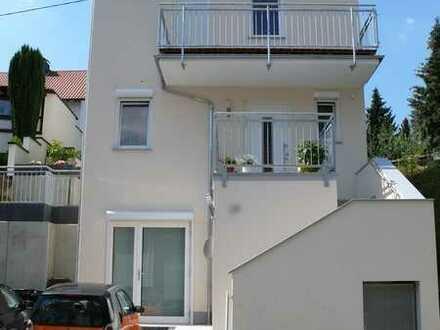 DHH/Townhouse, 7 Zimmer/Room, 3 Badezimmer/Bathrooms, Einbauküche/Built-in Kitchen, Kaution in Raten