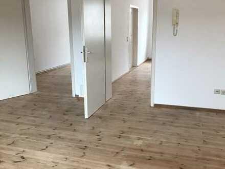 Vollständig renovierte Wohnung mit drei Zimmern und EBK in Gransee