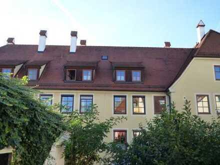 2-Zimmer- DG- Wohnung vor den Toren der Altstadt