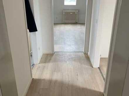 Erstbezug nach Sanierung: Stilvolle 3-Zimmer-Wohnung mit Balkon in Untermeitingen