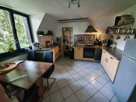 Zentrale, ruhige, geräumige und gepflegte 2,5-Zimmer-Wohnung mit Balkon in Warendorf (Kreis)