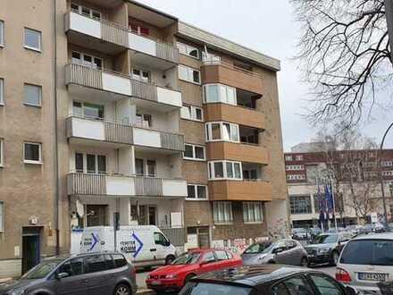 Zentrale Wohnung mit 2 Balkonen als Kapitalanlage