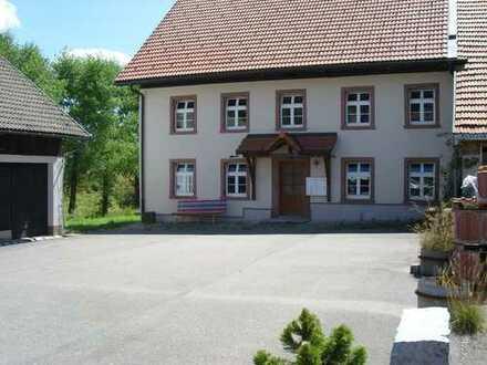 Älteres Haus mit sieben Zimmern in Schopfheim/Gersbach (Kreis Lörrach)