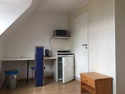 Miniapartment! Möbliertes Zimmer mit eigener Dusche/WC, zentral in FN