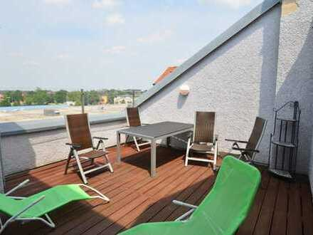 Keine WG!3-Zi.-Whg. mit Einbauküche, 19m² Dachterrasse u. Balkon in Rgbg. Süd/Ost - Uninähe
