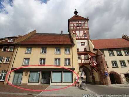 Laden oder Büro direkt in der ehemaligen Stadtmauer