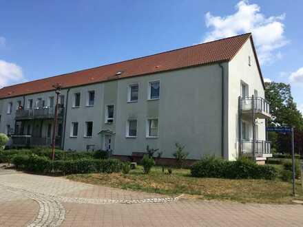 ERSTBEZUG nach Renovierung // 3 Zimmer Wohnung mit BALKON !!!