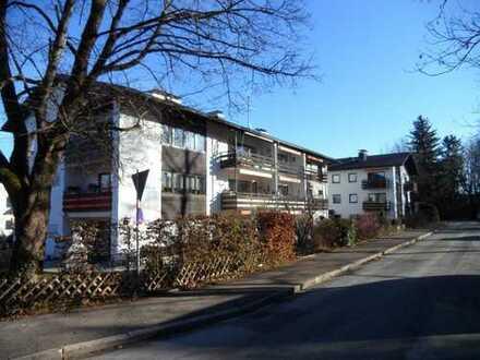 Bad Tölz, Badeteil: 2-Zimmer-Erdgeschoßwohnung mit Terrasse und Garten
