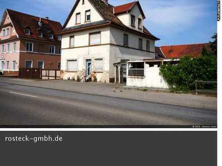 Großzügiges Wohnhaus / zusätzlich Bauplätze
