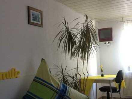 280 €, 25 m², 1 Zimmer
