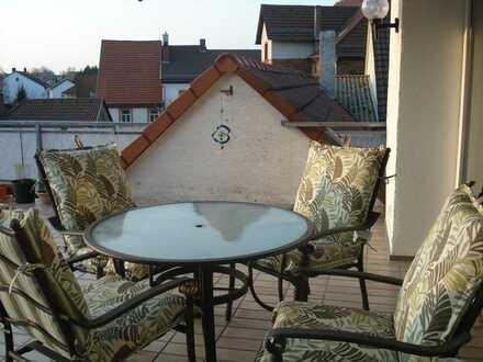 Modernisierte 3-Raum-Wohnung mit Balkon und Einbauküche in Enkenbach-Alsenborn