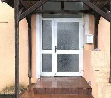 Zwei Wohnung im Erdgeschoss am Südbad**Separater Eingang und 2 Stellplätze