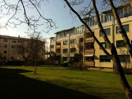 Schöne teilmöblierte helle 3 Zimmer Süd-Wohnung in München, Solln