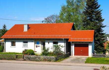 Freistehendes schönes Einfamilienhaus mit großem Garten in Balingen