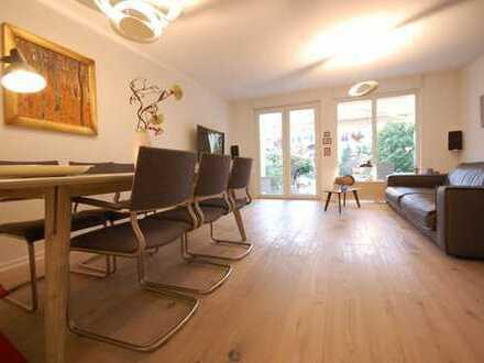 Oberneuland: Modernes Reihenhaus mit hochwertiger Ausstattung in schöner Lage