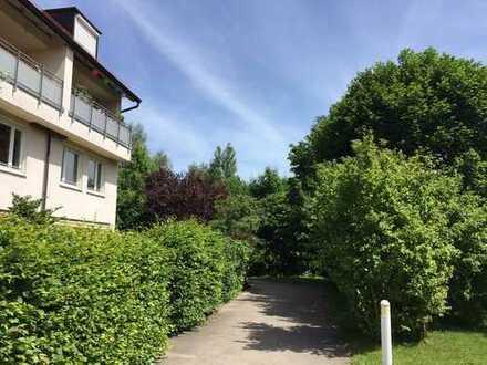 3-Zimmer-Maisonette Wohnung Bogenhausen - Eigener Haus-im-Haus Eingang über Laubeneingang