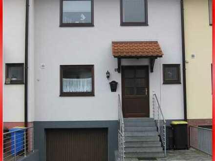 Reihenmittelhaus mit Garage in gepflegter Umgebung von Ruchheim!
