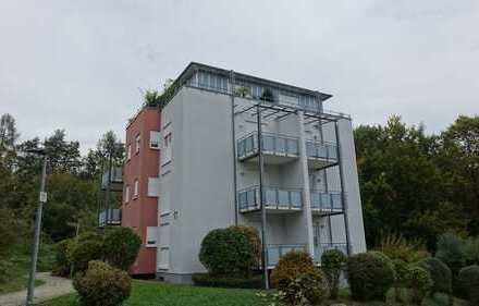 1-Zimmer-Appartement mit Balkon im 1. OG und Garage