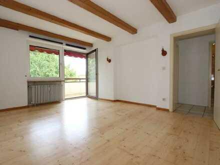Von Privat: Ruhige und uneinsichtige 3-Zimmer-Wohnung mit Balkon und EBK in Untermenzing, München