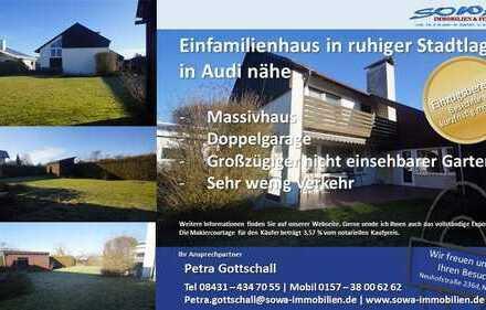 Exklusives Einfamilienhaus mit blickdichten großen Garten und großer Terrasse in Ingolstadt-Oberh...