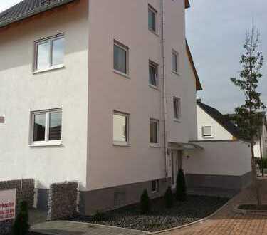 Stilvolle 6-Zimmer-Maisonette-Wohnung mit Balkon in Lambsheim