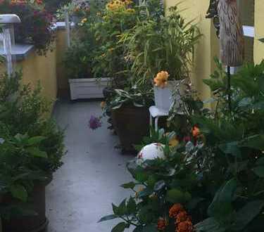Bild_Im ruhigen Grünen freundliche 2-Zimmer-DG-Wohnung mit EBK und Balkon in Rahnsdorf (Köpenick), Berlin