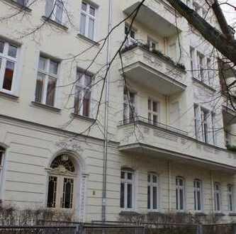 Schöne, geräumige drei Zimmer Wohnung in Berlin, Tempelhof