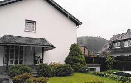 Schöne und helle drei Zimmer Wohnung in Lindlar