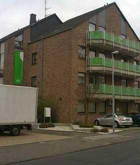 A859 großzügige Dachgeschosswohnung mit Balkon